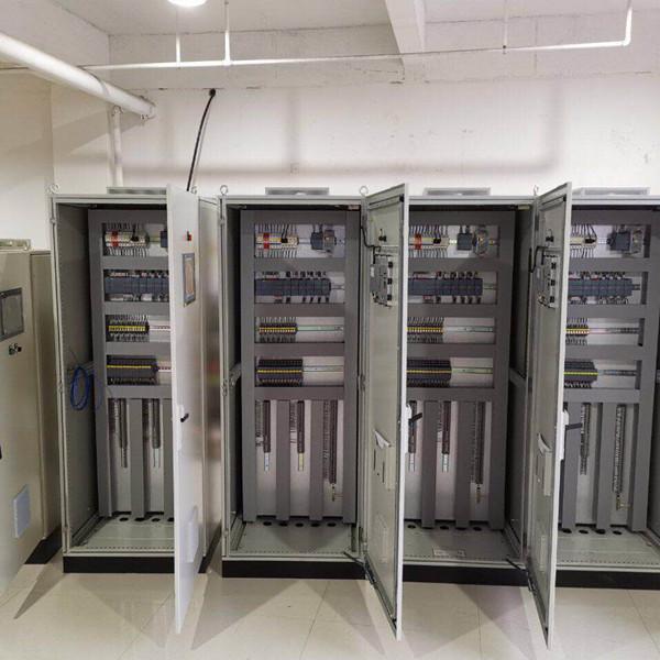 PLC控制柜设计.jpg