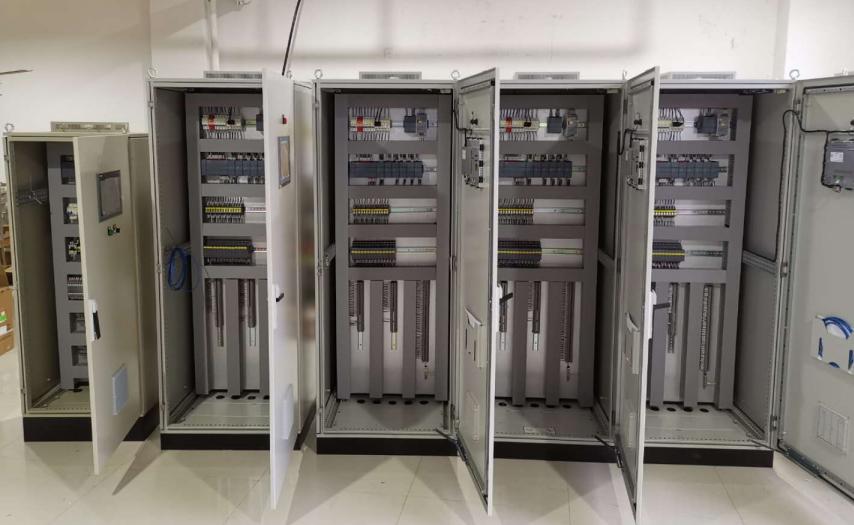 PLC控制系统可以在现场进行安装与调试吗?